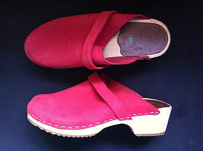 Swedish Anatomisk Botten Red Leather Clogs Size: 39 Near New