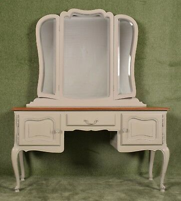 Pretty restored shabby chic - French Louis XV Style - Kneewhole dressing table