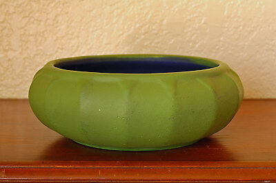 """Beautiful Vintage Early American Bisque Co Ambisco Matte Green 6"""" Geometric Bowl"""