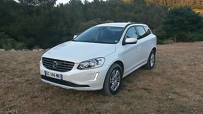volvo XC60 AWD momentum business 2016 diesel moteur D4 190 chevaux  39000 KM