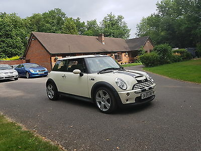 Mini Cooper S 1.6 2005 manual 3 door excellent condition White