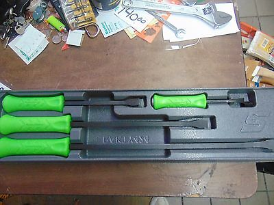 """Snap On 4pc Pry Bar Set PAKTY424 AND A 36"""" SNAP ON BAR"""