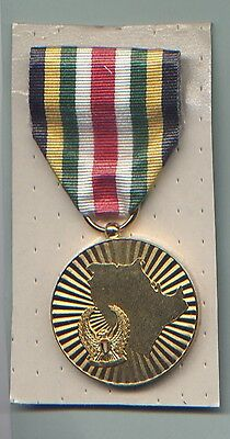 Full Size ORIGINAL Medal for the Liberation of Kuwait UAE issue.