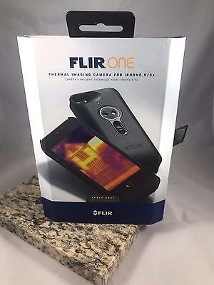 Flir One Thermal Imaging for Iphone 5 & 5s Camera Space Gray Great Condition