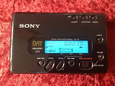 SONY DAT WALKMAN  TCD D8 ,(Audio Dat Tape Recorder) NEAR PERFECT CONDITION