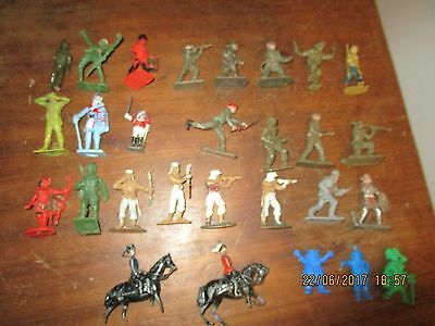 Collection of 1960s era plastic toy soldiers and 2 lead Britains mounted Hussars