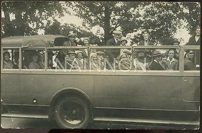 CHARABANC en route to the Isle of Wight - 1932 - real photo postcard