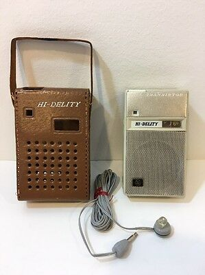 Vintage Hi-Delity 5 Transistor Radio 5TB-1 Leather Case & Ear Bud Made in Japan