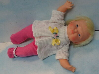 1967 Ideal Newborn Thumbelina Pullstring Doll w/ 2 PC Outfit & Bracelet Adorable