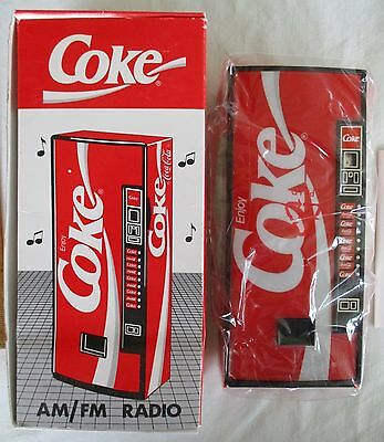 Vintage 1989 NOS Coca-Cola Vending Machine AM/FM Radio NIP ~ COKE Radio in Box