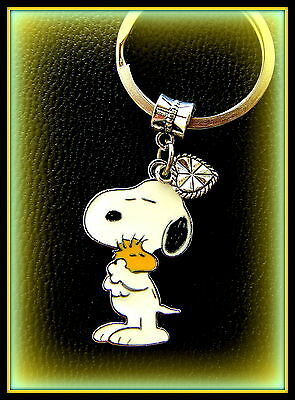 SNOOPY and WOODSTOCK with Heart KEYCHAIN Jewelry  Charlie Brown's Snoopy the Dog