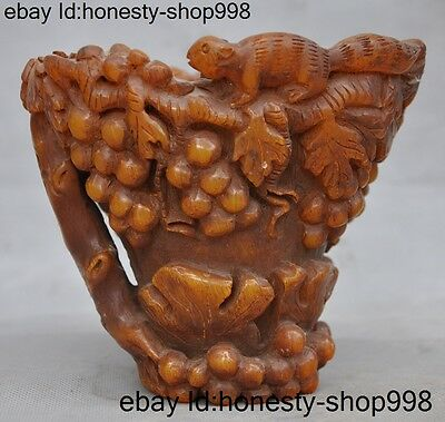 Rare China Old Ox horn Horns carving fruit grape Lovely squirrel Wine vessel Cup