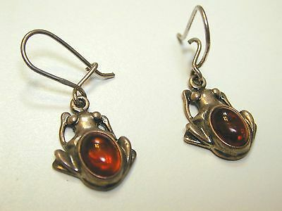 Baltic amber earrings Frogs, 3.8g,  8 x 6 mm stone, total L 15mm