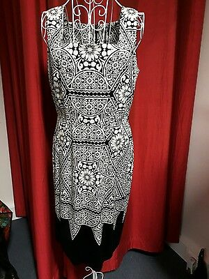 New David Lawrence Dress Size 12 Black And White