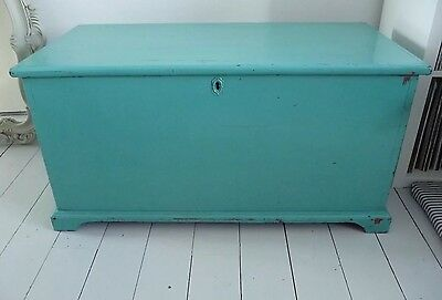 Large Victorian Antique Blanket Box Chest Linen Trunk Pine Coffee Table Toy Box