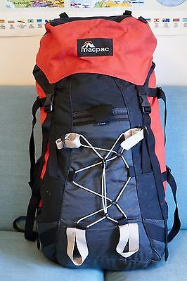 MacPac Ascent womens mountaineering rucksack 70L