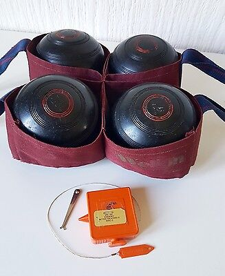 Vintage Set Of 4 Thomas Taylor Lawn Bowls With Measure