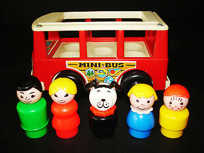 Vintage Fisher-Price Little People Play Family Red Mini School Bus #141 A