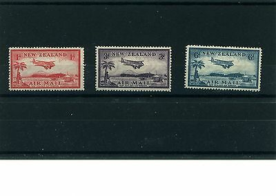 New Zealand 1935 M/M set of 3 airmail stamps.