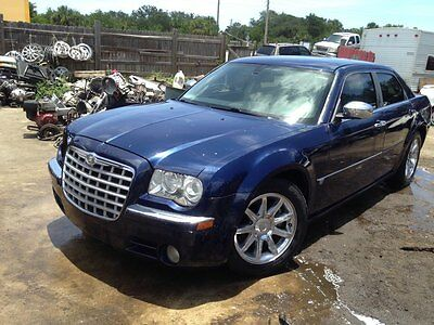 2006 Chrysler 300 Series C 2006 Chrysler 300 C (5.7L, OHV, Sedan)