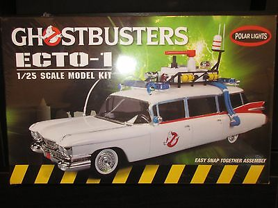 Ghostbusters Ecto -1 1/25 Scale Model Kit ~ New and Sealed