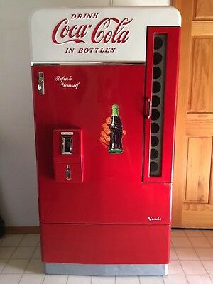 1950's Coca Cola Vendo 110 Vending Machine Great Condition