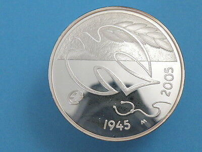 FINLAND - 2005 SILVER PROOF 10 EURO COIN - DOVE OF PEACE - High Grade