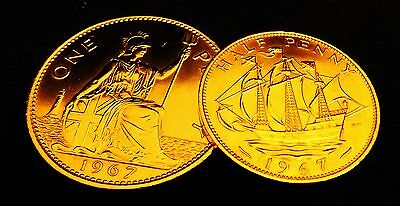 1967  Penny-Half penny set last minted UNCIRCULATED 24k GOLD PLATED