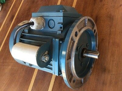 ABB Single PHASE MOTOR, NEW UNUSED 240volt 0.55kw 2850 Rpm 3.5amp