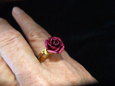 Authentic Vintage 1970's Gold Tone Rose Bud Motif Ring Adjustable