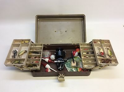 Plano 5200 Pete Henning Tackle Box - Mitchell 300 Reel - With Lures Photoed
