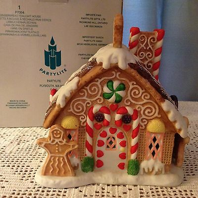 Partylite Gingerbread Tealight House Fairy Tale Candy Ceramic House