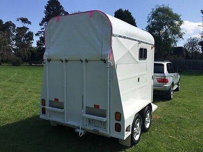 horse float storm cover,ponies,horse,tailgate cover,