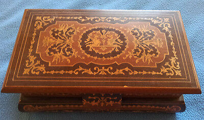 Music box, wooden with fantastic inlay, needs some repair