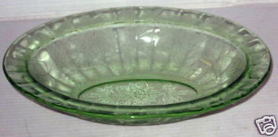 "POINSETTIA FLORAL GREEN (1)  9"" Oval Bowl JEANNETTE-PB176-E"