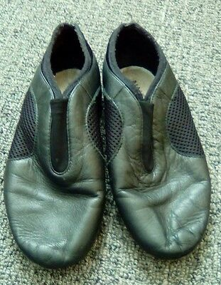 Bloch jazz shoes size 4