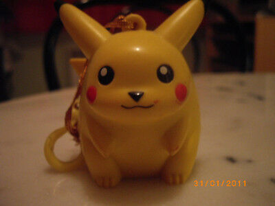 figurine pikachu pokemon