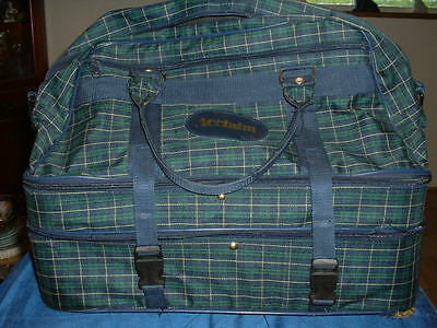 "Good Clean Used ""acclaim"" Bowling Bowls Bag,"
