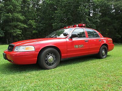 2007 Ford Crown Victoria POLICE PKG 2007 FORD CROWN VICTORIA FIRE DEPT CHIEF FIRST RESPONDER POLICE PKG LOW MILES
