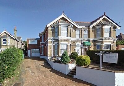 Holiday/Short Break/B&B for 2 People Isle of Wight - 7 nights only.
