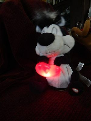 "Pepe Le Pew Animated Plush Toy Warner Bros.""Keez Me!"" Lights Up Dances"