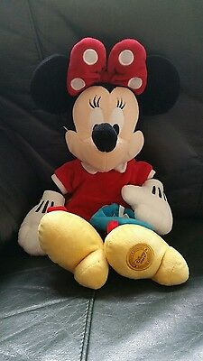 """Extremely Rare Disney Store Exclusive Minnie Mouse 15 1/2"""" Plush Soft Toy"""