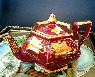 Arthur Wood Hexagonal Burgandy Red Teapot Gilt Gold Ivy Patt 4310 Tea Pot c1950s