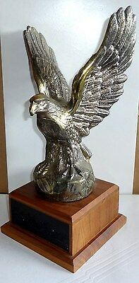 Cast American Eagle Trophy Award on Walnut base by LANE USA $99 MSRP 3 AVAILABLE
