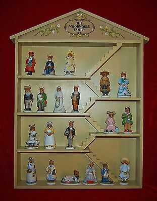 """Franklin Mint """"Woodmouse Family"""" Display House and 20 Figurines"""