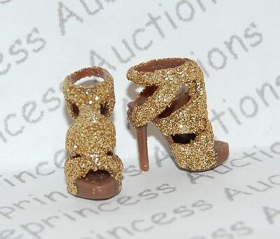 NEW Barbie Basics Collection 2.5 Model 04 Doll Gold Glitter Shoes Model Muse Loo