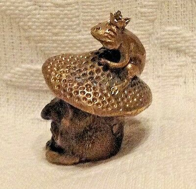 Russian Сollectible Decorative Brass Thimble Mushroom and Frog