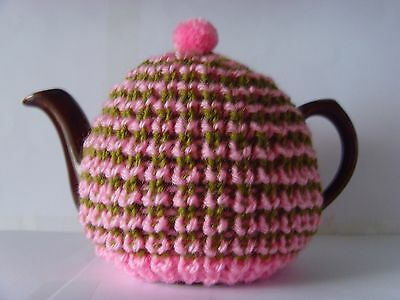 small tea cosy cozy pink green hand knitted