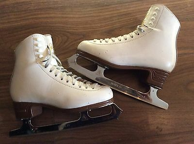 Girls   Ice Skates   White Jackson  Size 4c