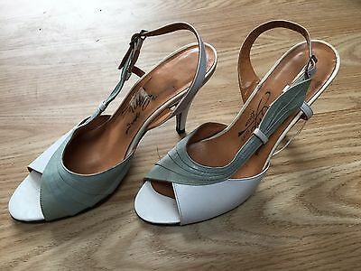 Original 1940s Vintage Ladies Shoes Blue/white Ww2 Cc41